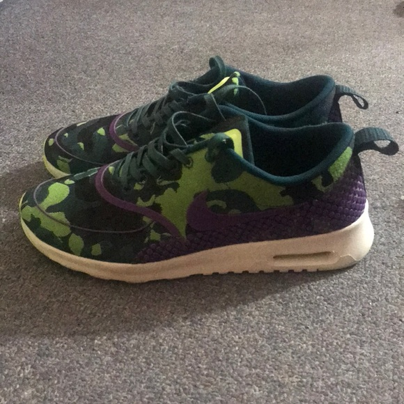 new style c21f8 b5abe nike shoes air max thea army print womens size 9 poshmark